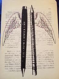 pen w wings