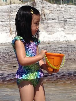 Anna bucket 2