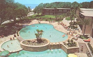 The Broadwater Beach pool in 1970
