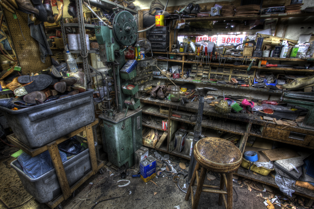 Peabody Shoe Repair in Nashville, Tennessee (not the shop I visited today in Memphis, but this is what it looked like!) photographed by Jerry Park Photography. http://jerryparkphotography.com/peabody-shoe-repair/