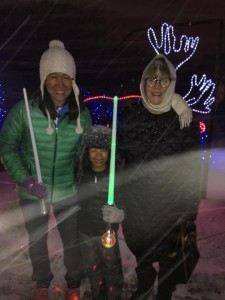 Beth, Gabby and Susu brave the snow blizzard at the Denver Zoo! (Pops took the picture, and Kevin took 2-year-old Izzy back to the car early.... it was freezing!)