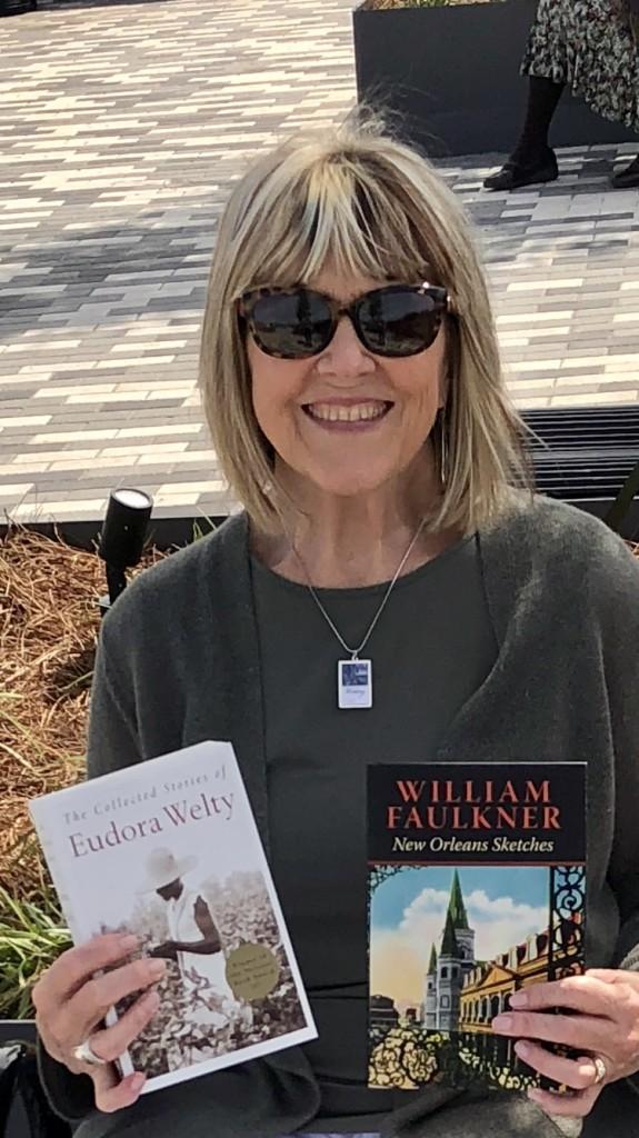 Susu w 2 books fr Faulkner House